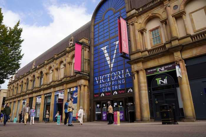 Redesign the Victoria Shopping Centre External Banners